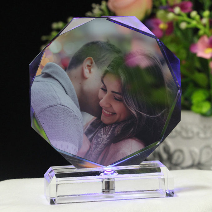 Custom Crystal Photo Frame Octagon Crystal Lamp with LED Light Personalized Photo Gift Crystal Framed Photo