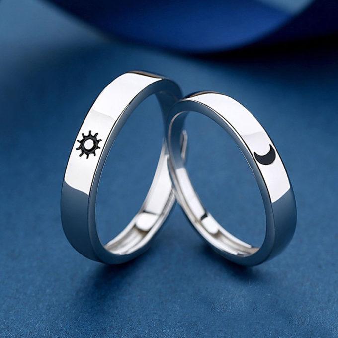 Customized S925 Silver Engagement Ring Personalized Celestial Sun and Moon Luxury Ring